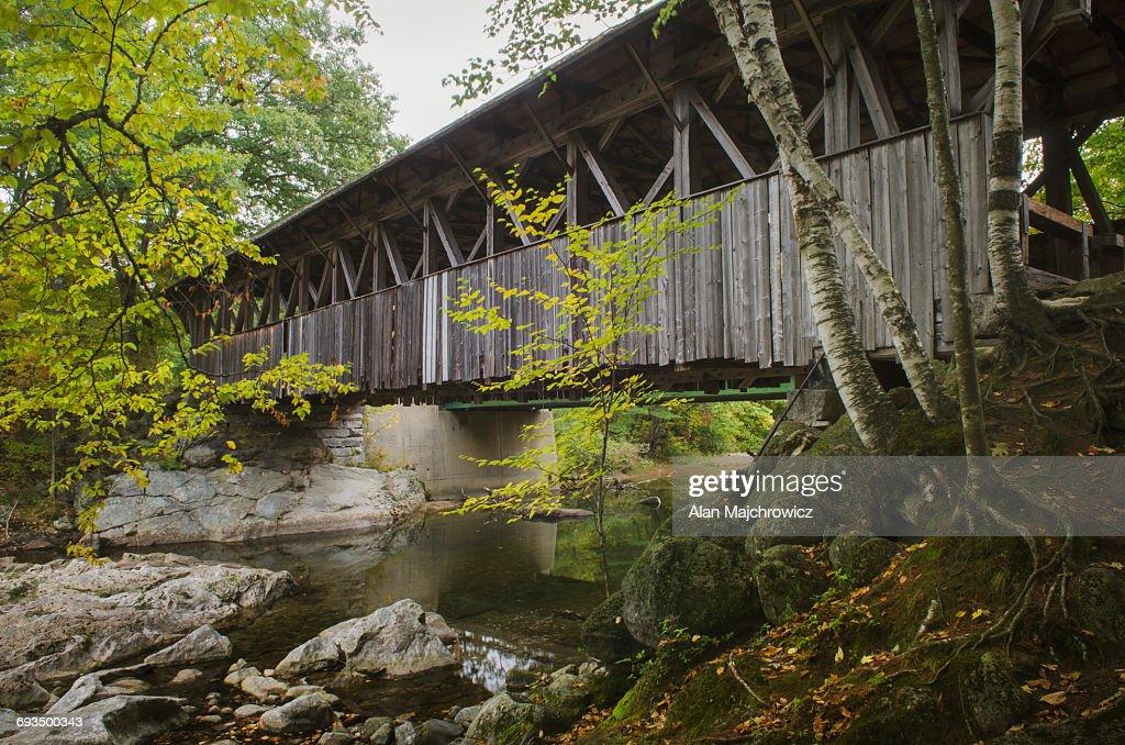 Sunday River covered bridge Maine : Stock Photo