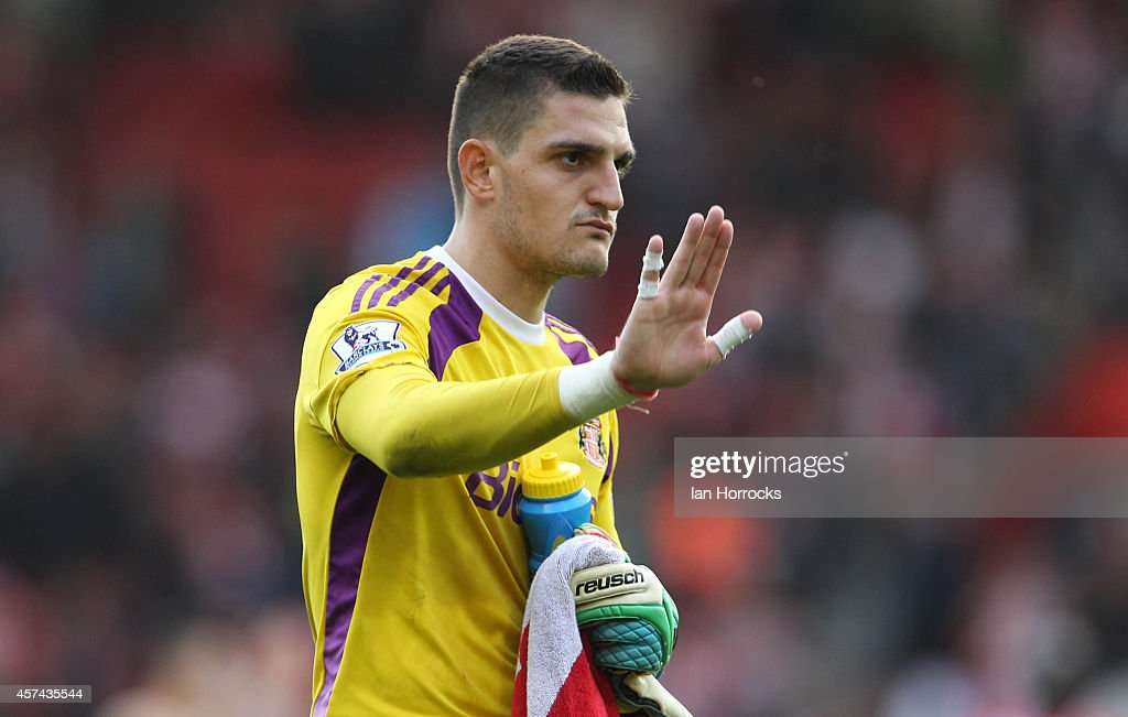 Sunderland Goalkeeper Vito Mannone at the end of the Barclays Premier League match between Southampton and Sunderland at St Mary's Stadium on October 18, 2014 in Southampton, England.