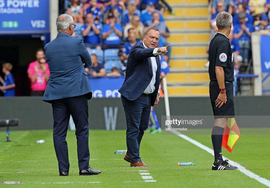Sunderland manager Dick Advocaat (C) during the Barclays Premier League match between Leicester City and Sunderland at the King Power Stadium on August 08, 2015 in Leicester, England.