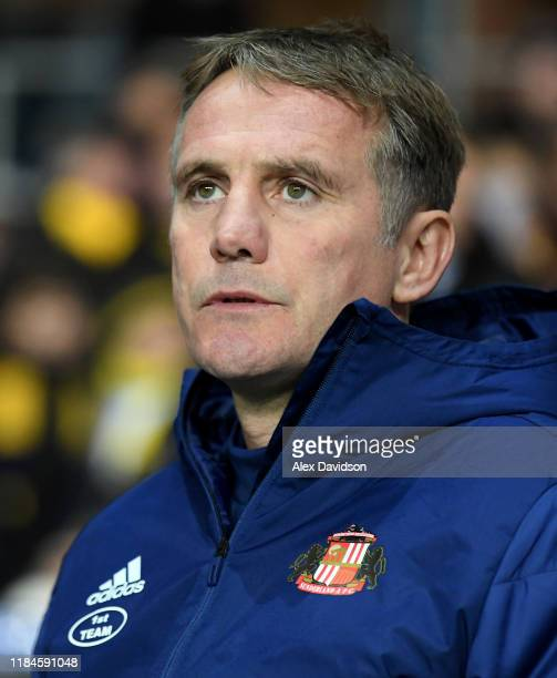 Sunderland manager Phil Parkinson during the Carabao Cup Round of 16 match between Oxford United and Sunderland AFC at Kassam Stadium on October 29,...