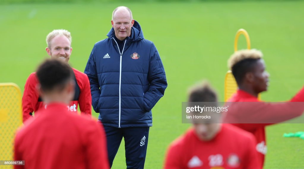 Sunderland manager Simon Grayson watches the squad during a Sunderland AFC training session at The Academy of Light on October 12, 2017 in Sunderland, England.