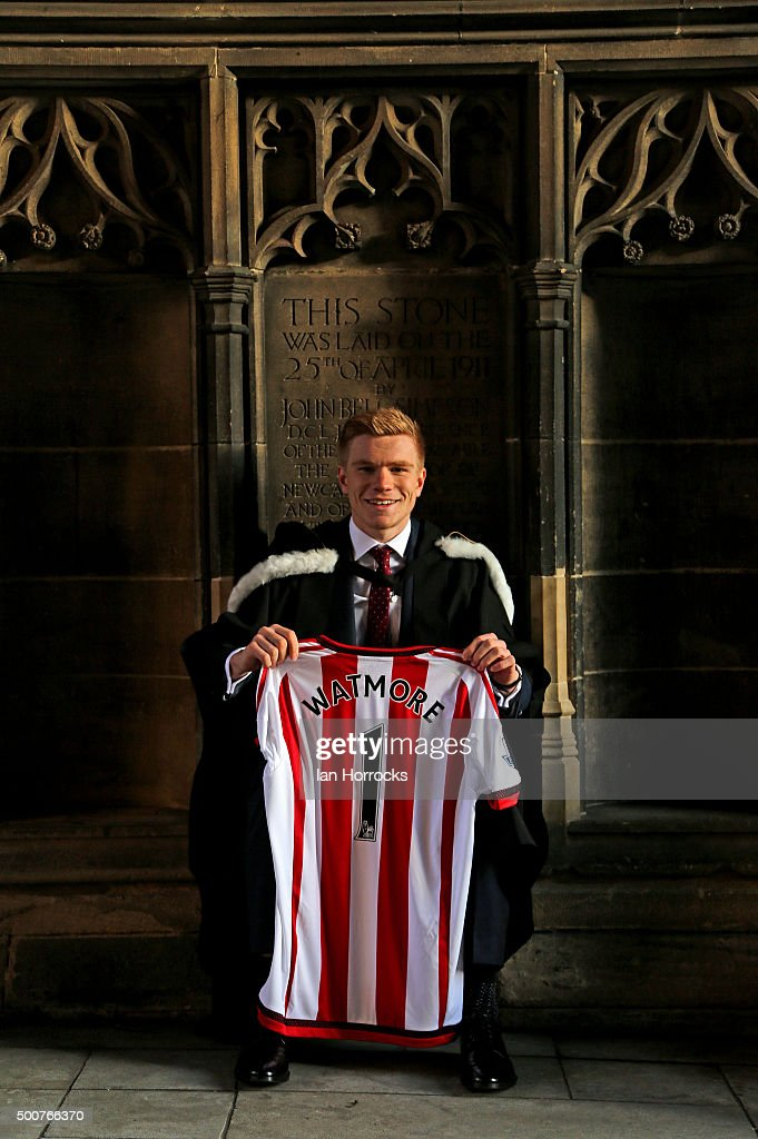 Duncan Watmore Graduates from University of Newcastle