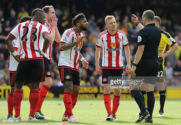 Sunderland players appeal to referee Kevin Friend after awading a penalty to Watford for foul by John O'Shea of Sunderland during the Barclays...