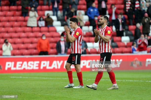 Sunderland players applause the fans on the final whistle during the Sky Bet League One Play-off Semi Final 2nd Leg match between Sunderland and...