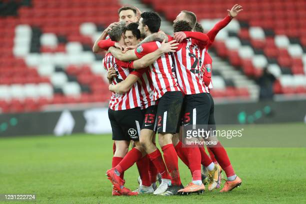 Sunderland players celebrates after Grant Leadbitter scores to take them through to the final during the Papa John's Trophy semi-final between...