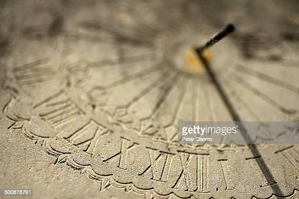 sundial - algarismo romano imagens e fotografias de stock
