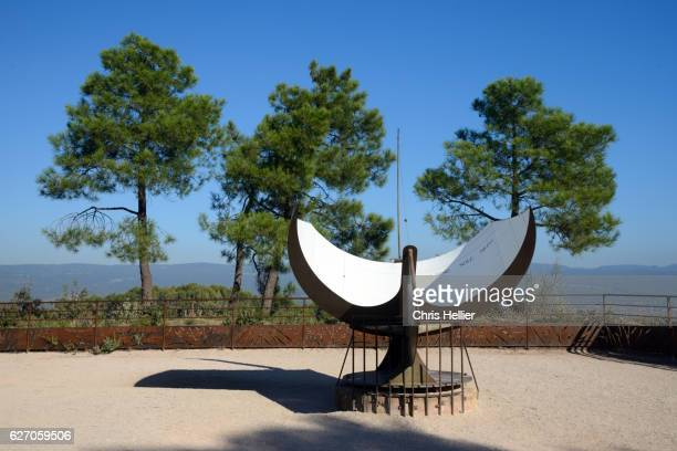 Sundial Roussillon Provence