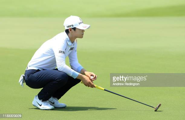Sung Hyun Park of South Korea lines up a putt on the 17th green during the final round of the HSBC Women's World Championship at Sentosa Golf Club on...