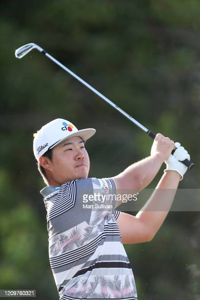Sungjae Im of South Korea watches his tee shot on the 15th hole during the Honda Classic at PGA National Resort and Spa Champion course on March 01...