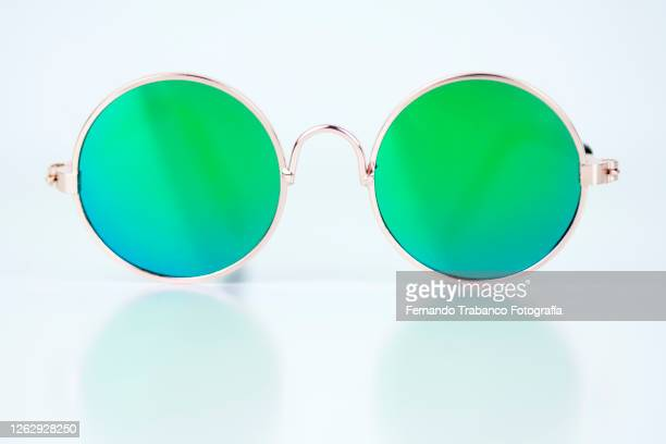sunglasses - sunglasses stock pictures, royalty-free photos & images