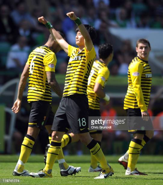 SungYueng Ki of Celtic celebrates after scoring his side's second goal during the Clydesdale Bank Premier League match between Hibernian and Celtic...
