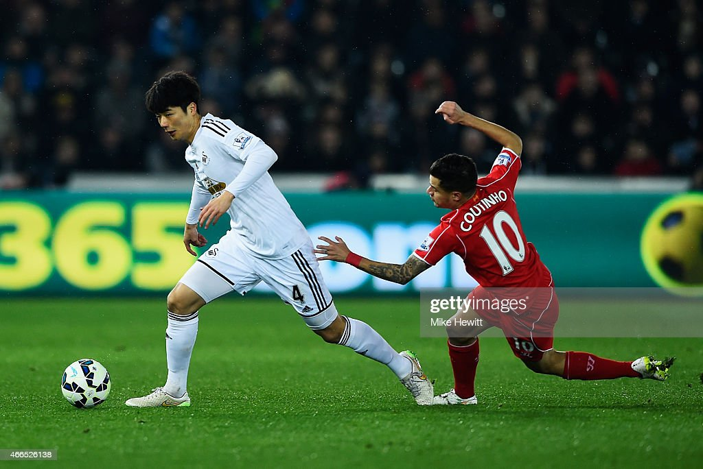 Swansea City v Liverpool - Premier League : News Photo