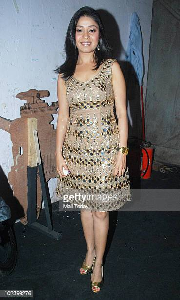 Sunidhi Chauhan on the sets of Indian Idol 4 in Mumbai on June 24 2010