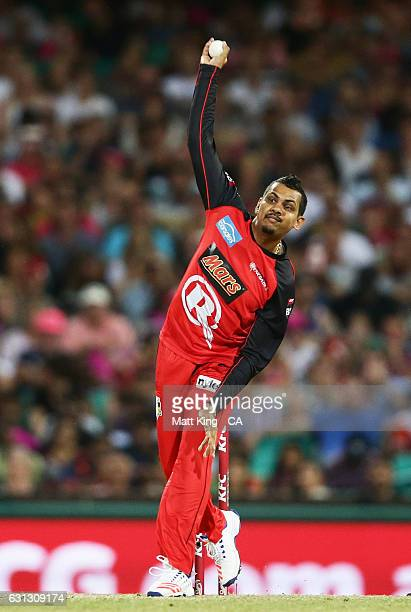 Sunil Narine of the Renegades bowls during the Big Bash League match between the Sydney Sixers and the Melbourne Renegades at Sydney Cricket Ground...