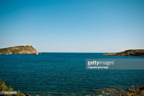 sunion cape - aegean sea stock pictures, royalty-free photos & images