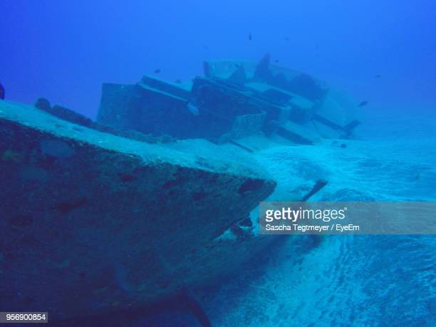 sunken ship in sea - sunken stock pictures, royalty-free photos & images
