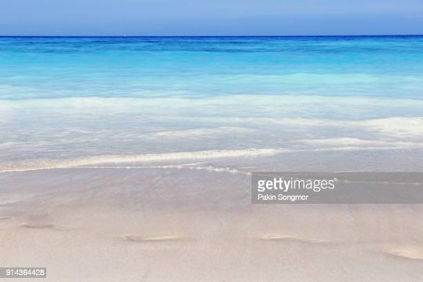 sunny and crystal clear water at most beautiful beach at tachai island - india summer stock-fotos und bilder