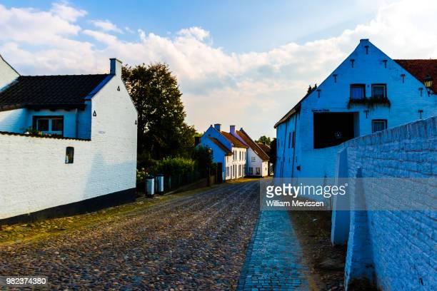 sunny corner - william mevissen ストックフォトと画像