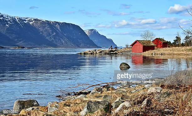 A sunny day on the fjord