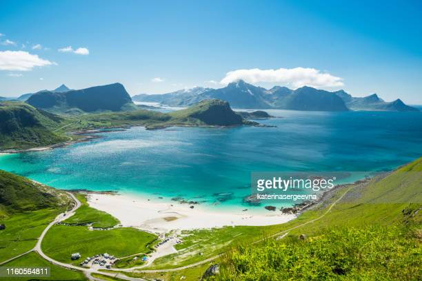 sunny day on the haukland beach.uttakleiv - lofoten stock pictures, royalty-free photos & images