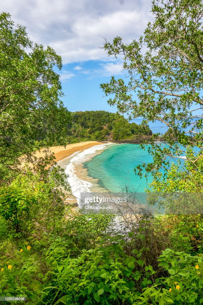 Sunny day, warm water, delicious sand. All the best. This is Sancho beach in Fernando de Noronha, PE, Brazil. : Stock Photo