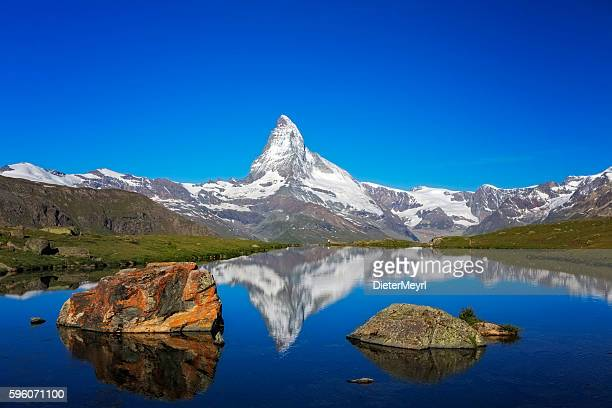 sunny day with view to matterhorn - zermatt stock pictures, royalty-free photos & images