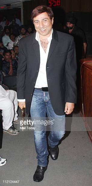 Sunny Deol at Baisakhi celebrations at Shanmukhananad Hall in Mumbai on April 10 2011