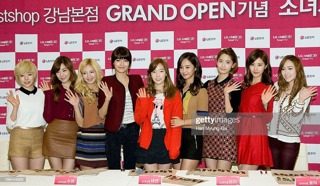 Girls' Generation Autograph Session For LG Bestshop