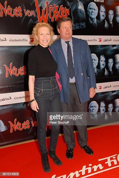 Sunnyi Melles mit Ehemann Prinz Peter SaynWittgenstein FilmPremiere KinoFilm Neues vom Wixxer und GeburtstagsEmpfang J o a c h i m F u c h s b e r g...
