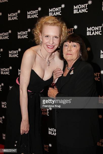 Sunnyi Melles Und June Newton Bei Der Charity Gala Und Weltpremiere Der Montblanc Prinz Rainier Iii Limited Edition 81 Hommage An Fürst Rainier Iii...