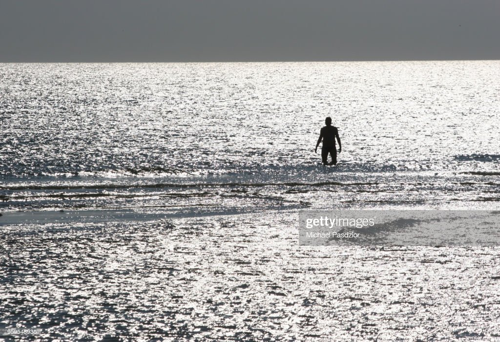 sun-reflection on north-sea : Stock-Foto