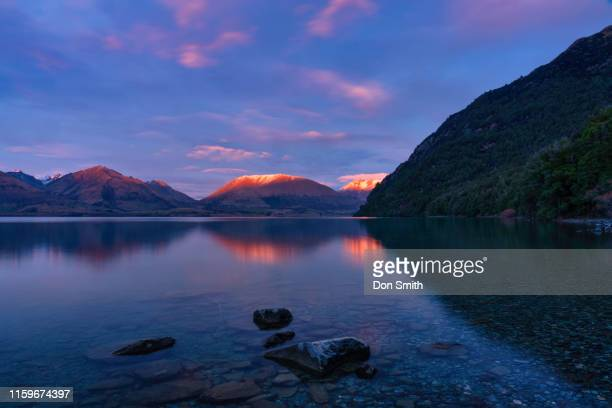 "sunrise at bob""u2019s cove, new zealand - don smith stock-fotos und bilder"