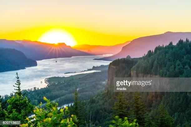 Sunrise at Crown point, Oregon