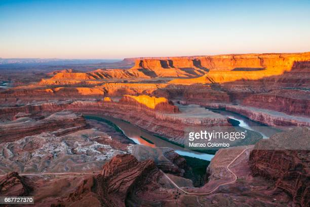 sunrise at dead horse point, canyonlands, usa - dead horse point state park stock pictures, royalty-free photos & images