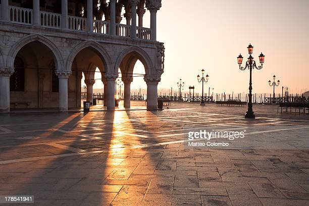 sunrise at ducal palace in venice, italy - palace stock pictures, royalty-free photos & images