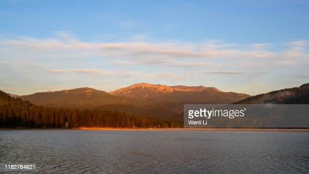 sunrise at lake siskiyou - siskiyou stock pictures, royalty-free photos & images