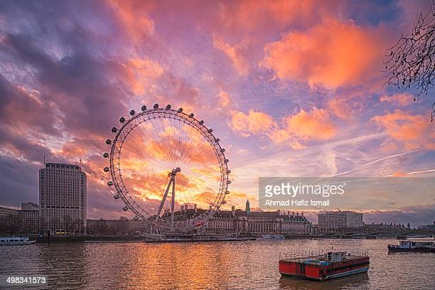 CONTENT] Sunrise at London Eye