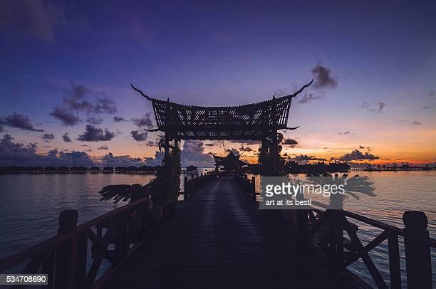 sunrise at mabul island - ilha de mabul imagens e fotografias de stock