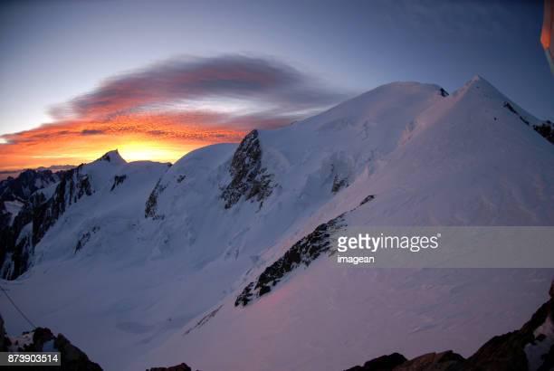 Lever du soleil au Mont Blanc