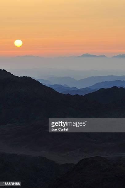 sunrise at mount sinai, egypt - mt sinai stock photos and pictures