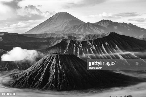 sunrise at mt bromo. bromo volcano is part of the tengger massif, with mount semuru, in east java in indonesia. - shaifulzamri stock pictures, royalty-free photos & images