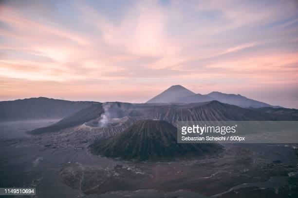 sunrise at mt bromo - tengger stock pictures, royalty-free photos & images