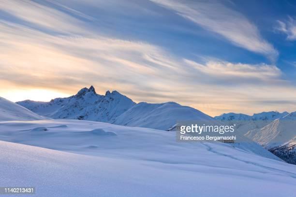 sunrise at muottas muragl, engadine valley, canton of grisons, switzerland, europe. - kanton graubünden stock-fotos und bilder