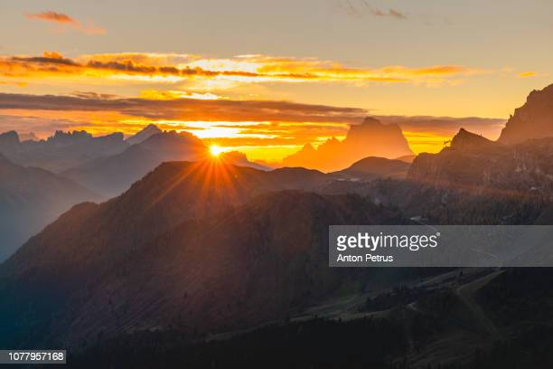 Sunrise at Pass Pordoi. Dolomites mountains, Italia.