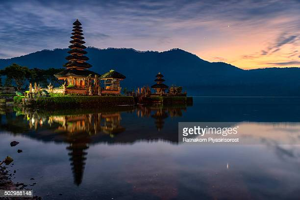 Sunrise at Pura Ulun Danu Bratan Temple