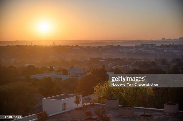 sunrise at sandton city, johannesburg, south africa - gauteng province stock pictures, royalty-free photos & images