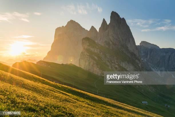 sunrise at seceda, dolomites, italy. - 国際連合教育科学文化機関 ストックフォトと画像