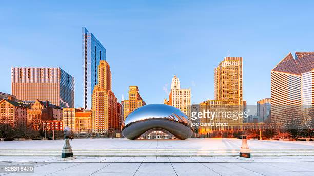 sunrise at the bean, cloud gate, chicago, illinois, america - cloud gate stock photos and pictures