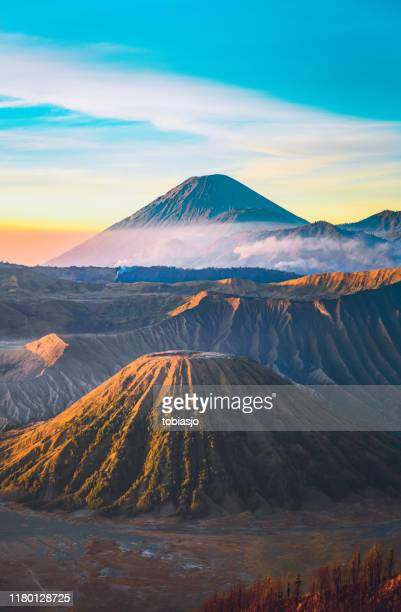sunrise at the bromo volcano mountain in indonesia - mt semeru stock pictures, royalty-free photos & images