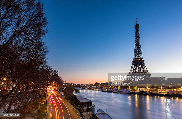 Sunrise at the Eiffel Tower in Paris along the Seine